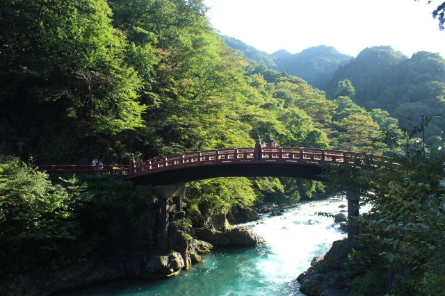 The highly photographed Shinkyo Bridge, a sacred structure built where the Buddhist monk Shodo and his followers crossed the Daiya River to pray at Mount Nantai in 766 CE. Without a bridge to make the passage easy, they managed with the help of two snakes that intertwined and formed a bridge. It has kept this design since 1636.