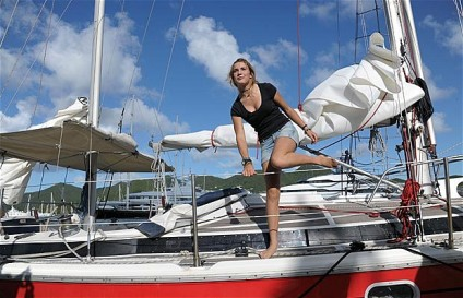 14-year-old Laura Dekker sailed around the world alone. Photo c/o AFP, the Telegraph.